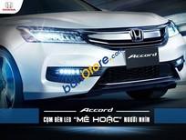 Bán Honda Accord AT sản xuất 2017, màu trắng