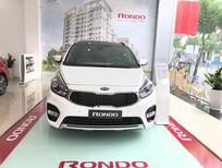 Cần bán xe Kia Rondo AT 2017, màu trắng