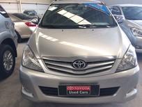 Cần bán lại xe Toyota Innova 2.0G 2010, màu bạc giá cạnh tranh