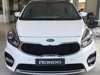 Cần bán Kia Rondo đời 2017, màu trắng