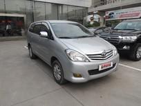 Bán ô tô Toyota Innova G đời 2011, màu bạc, số sàn giá cạnh tranh