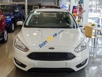 Bán xe Ford Focus Trend sản xuất 2017, màu trắng, 620 triệu