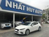 Bán Mazda 3 2.0AT năm sản xuất 2015, màu trắng