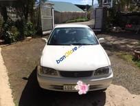 Cần bán xe Toyota Corolla MT 2000, màu trắng xe gia đình