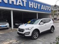 Cần bán lại xe Hyundai Santa Fe sản xuất năm 2015, màu trắng như mới