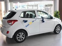 Bán xe Hyundai 1849 1.0MT base năm 2017, màu trắng, xe nhập