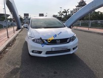 Cần bán gấp Honda Civic 1. 8AT năm 2015, màu trắng