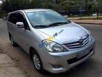 Cần bán lại xe Toyota Innova 2.0G đời 2010, màu bạc chính chủ, 538tr