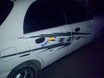 Bán Daewoo Lanos sản xuất năm 2001, màu trắng, nhập khẩu