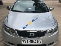 Cần bán Kia Forte MT đời 2011, màu bạc chính chủ, giá chỉ 400 triệu