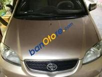 Cần bán xe Toyota Vios sản xuất 2005, màu vàng, giá tốt