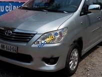 Xe Toyota Innova E 2013, màu bạc số sàn, 630tr