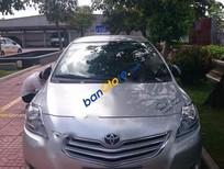 Bán xe cũ Toyota Vios E 2010, màu bạc, nhập khẩu còn mới, giá tốt