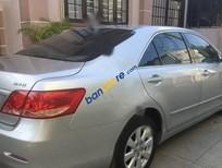 Cần bán Toyota Camry 2.4G 2009, màu bạc