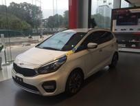 Cần bán xe Kia Rondo GAT sản xuất năm 2017, màu trắng