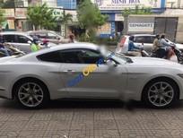 Cần bán Ford Mustang GT 5.0AT sản xuất 2015, màu trắng, nhập khẩu nguyên chiếc