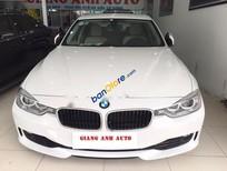 Cần bán gấp BMW 3 Series 320i sản xuất 2013, màu trắng, nhập khẩu