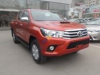 Toyota Cầu Diễn bán Hilux G 2016 màu cam, mới 100%