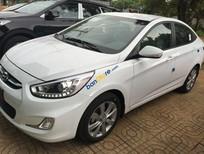 Cần bán Hyundai Accent Blue 2017 new màu trắng, hỗ trợ 80% giá trị xe! Hotline 0935904141 - 0948945599