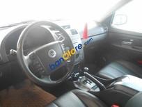 Cần bán xe cũ Ssangyong Rexton II AT đời 2010, màu bạc