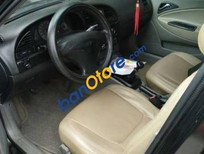 Xe Daewoo Nubira đời 2001, màu đen