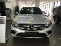 Bán Mercedes GLC300 4 matic đời 2017, màu bạc
