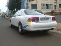 Bán ô tô Mazda 626 đời 1996, màu trắng, nhập khẩu