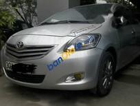 Cần bán Toyota Vios E 1.5 MT 2013, màu bạc
