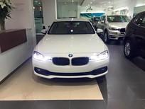 Bán xe BMW 320i 2017, màu trắng, nhập khẩu nguyên chiếc. Cam kết phục vụ tốt nhất, giá tốt nhất, giao xe sớm nhất