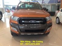 Bán ô tô Ford Ranger Wildtrak 3.2 2017, màu vàng, nhập khẩu