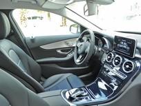 Cần Bán Xe Mercedes 2015 , màu trắng ,mới 99%  xe đi 11,000km