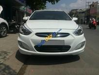 Cần bán xe Hyundai Accent Blue nhập Hàn Quốc sản xuất 2014, màu trắng, số tự động, biển Sài Gòn
