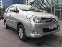 Cần bán Toyota Innova 2.0 G 2011, màu bạc chính chủ từ đầu