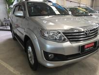 Cần bán Toyota Fortuner V đời 2012, màu bạc, số tự động, giá tốt