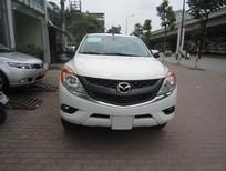 Cần bán xe Mazda BT 50 2.2AT 2015, màu trắng, nhập khẩu
