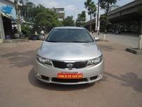 Cần bán lại xe Kia Forte 2013, màu bạc