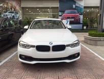 BMW 3 Series 320i 2017, màu trắng, xe nhập. Cam kết giá rẻ nhất, giao xe sớm nhất, phục vụ nhiệt tình nhất