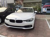 BMW 3 Series 320i 2017, màu trắng, xe nhập. Ưu đãi cực hấp dẫn, có xe giao ngay