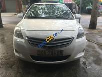 Cần bán xe Toyota Vios Limo đời 2010, màu trắng