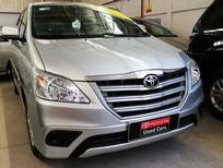 Bán xe Innova E sản xuất 2014 màu bạc