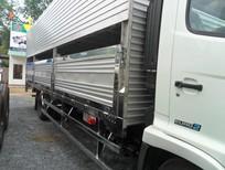 Bán trả góp xe tải Hino FC9JLSW-5 tấn chở gia súc thùng dài 6,7M SX 2017. Trả trước 200tr