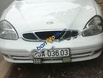 Cần bán gấp Daewoo Nubira sản xuất năm 2004, màu trắng, giá tốt