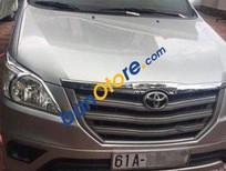 Chính chủ bán xe Toyota Innova MT năm 2014, màu bạc