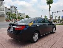 Cần bán xe Toyota Camry 2.0 đời 2013 như mới, giá 799tr