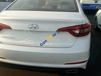 Bán Hyundai Sonata 2.0 AT sản xuất 2015, màu trắng, xe nhập