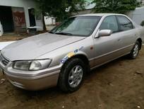 Cần bán xe Toyota Camry sản xuất 1999 màu bạc, giá tốt, nhập khẩu nguyên chiếc