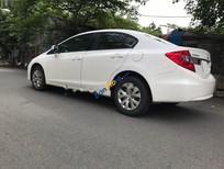 Cần bán Honda Civic 1.8 đời 2014, màu trắng, bảo dưỡng thường xuyên