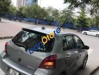 Bán xe cũ Toyota Yaris 1.3 AT màu xám như hình, máy móc zin, xe còn đẹp, nữ sử dụng nên giữ gìn