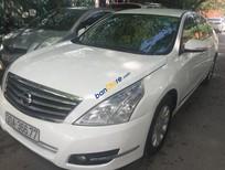 Bán xe Nissan Teana 2.0AT 2010, màu trắng, xe nhập