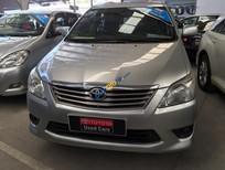 Bán Toyota Innova 2.0E đời 2012, màu bạc, hỗ trợ vay 70%